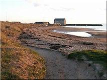 NT4999 : Elie harbour by Jim Bain