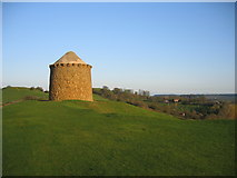 SP3952 : Windmill Hill, Burton Dasset Country Park by David Stowell