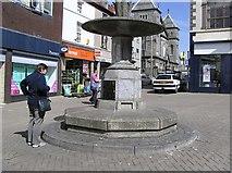 SH4862 : Water Fountain, Caernarfon by Kenneth  Allen