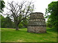 NT4780 : Luffness Doocot by Lisa Jarvis