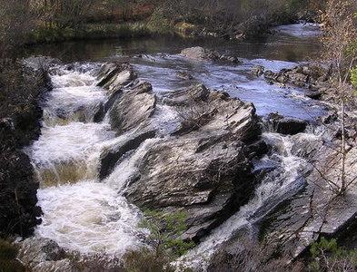 NH3739 : Waterfall in Strathfarrar by dave peck