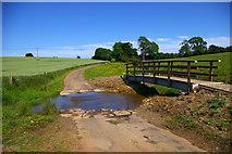 TF2385 : Ford near Biscathorpe by David Wright