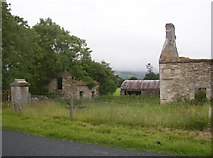 S7445 : Ruined Farm buildings near Ballykeenean, Co. Carlow by Humphrey Bolton