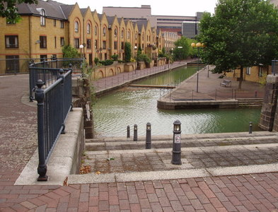 TQ3480 : Canals of Wapping by David Williams