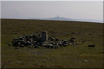 NY6834 : Cross Fell Summit Looking to Great Dun Fell by Charles Rispin