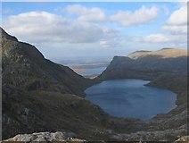 NH0175 : Fuar Loch Mor by Hill Walker