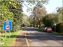 SU0270 : The road to Compton Bassett, Lower Compton by Chris Henley