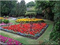 TQ1785 : Barham Park by Russell Trebor
