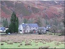 NN2997 : Loch Lochy Youth Hostel by Richard Webb