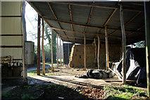 TQ5334 : Barn, Bullfinches Farm by Robin Webster