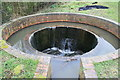 SO8660 : Circular overflow weir by lock 3, Droitwich Canal by Chris Allen