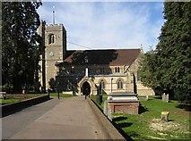 TL1314 : St Nicholas, Harpenden, Herts by John Salmon