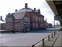 TA2710 : The Old Customs House, Grimsby by David Wright