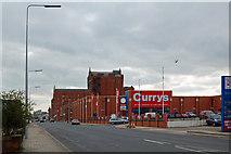 TA2710 : Victoria Street North, Grimsby by David Wright