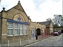 SE1039 : Railway Station by Stanley Walker