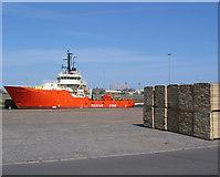 TA0827 : Grampian Defender, William Wright Dock by Stephen Horncastle