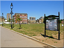 TQ3283 : Shoreditch Park by Stephen McKay