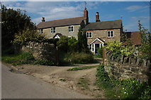 SO7023 : Cottages in Clifford's Mesne by Philip Halling