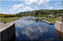 NH6140 : Caledonian Canal at Dochgarroch by John Allan