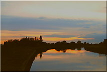 SE6912 : Sunset over the Stainforth and Keadby Canal by Siobhan Brennan-Raymond