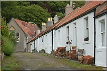 NT0683 : Cottages by Paul McIlroy