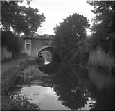ST7565 : Sydney Gardens No 2 Tunnel, Kennet and Avon Canal, Bath by Dr Neil Clifton