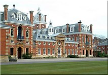 SU8363 : Wellington College, Crowthorne by Anthony Eden