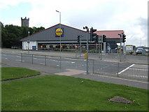 NS7177 : Lidl supermarket, Airdrie Road, Kilsyth by Jonathan Billinger