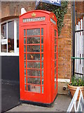 TL8928 : Phonebox Greenhouse by Oxyman