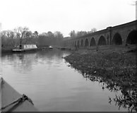 SJ2837 : Chirk Aqueduct, Llangollen canal, and railway viaduct by Dr Neil Clifton