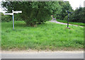 TF9724 : National cycle network routes 1 and 13 meet by Zorba the Geek