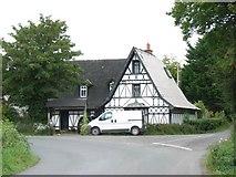 N8462 : House at Bellewstown by JP
