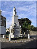NT4728 : The Mungo Park Monument in Selkirk by Walter Baxter