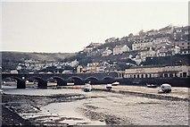 SX2553 : Looe: bridge by Chris Downer