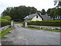 NX6249 : Lodge house at entrance by the B727 north of Borgue by Phil Catterall