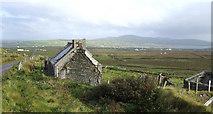 V3670 : Old cottage at Coonanaspig by Jonathan Billinger