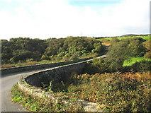 SH1727 : Bridge over Afon Cyllyfelin below Bodernabwy Farm by Eric Jones