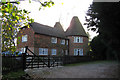 TQ6933 : Chingley Manor Oast, London Road, Flimwell, East Sussex by Oast House Archive