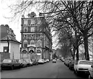 TQ2475 : The 'Star and Garter', Lower Richmond Road, Putney by Dr Neil Clifton