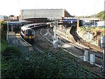 SZ0991 : Bournemouth: train at platform 3 by Chris Downer