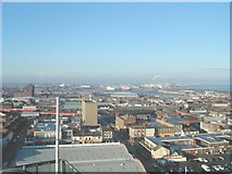 TA2710 : Looking west from the roof of Thesiger House, Grimsby by Roger Damm