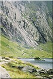 SH6459 : Llyn Idwal and the Idwal Slabs by Peter S