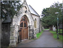 TQ1667 : St. Nicholas Church - Thames Ditton by Bob Parkes