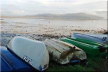 SH5637 : Dingis ac Afon Glaslyn Dydd Nadolig 2007 Borth y Gest Christmas Day 2007 Dinghies and Afon Glaslyn by Alan Fryer