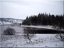 NN6795 : Lochain Uvie by Tom Pennington