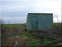 TF0870 : Bird Hide at Delph Farm by Ian Paterson