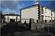 SH5638 : Fflatiau Newydd Oakley Wharf New Apartments by Alan Fryer