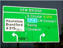 TQ1977 : Kew Bridge - South Circular Road A205 (T) by Phillip Perry