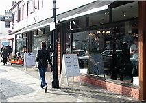 TA0831 : 163 Newland Avenue, Hull by Ed O'Hare