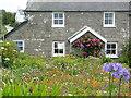 SV8815 : Cottage garden by paul dickson